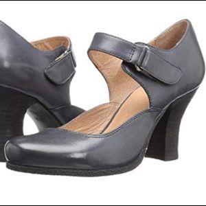 Miz Mooz grey leather Mary Jane heels size 7